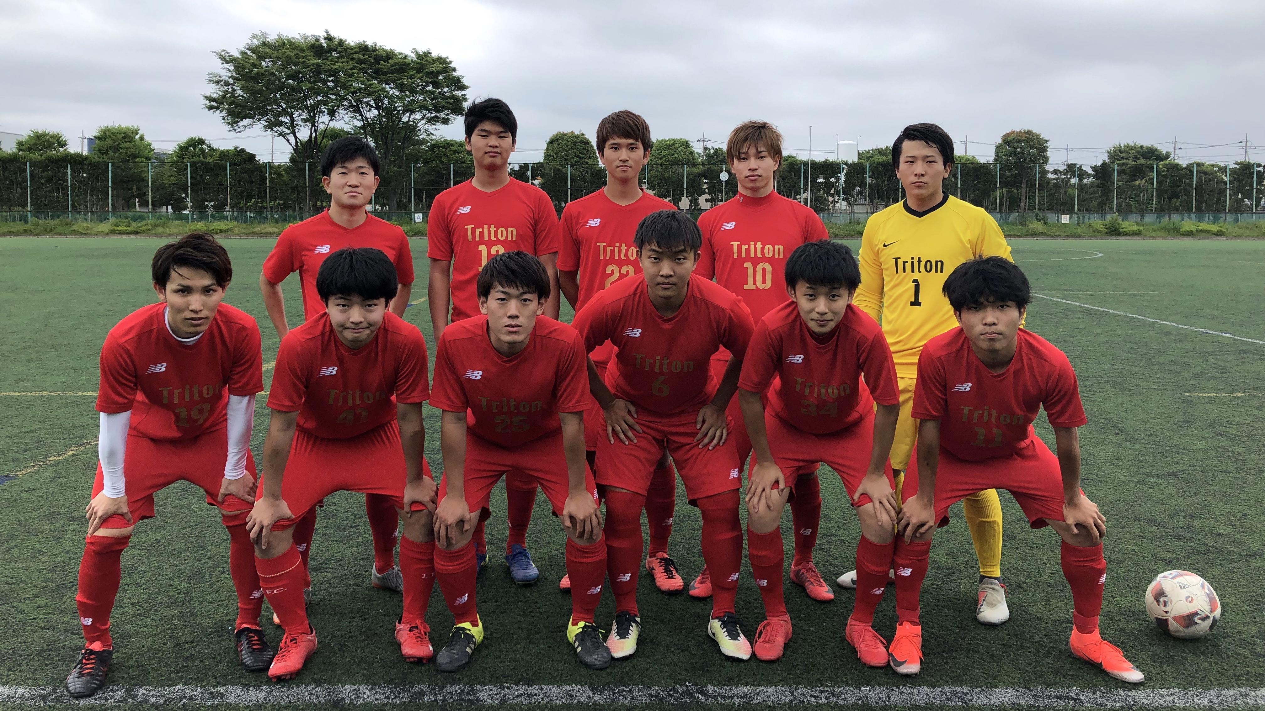 神奈川県3部に所属する社会人チームです。現在約30名の所属で、競技志向とエンジョイ志向で別れてリーグに参戦しています。藤沢市内外の練習場所で毎週土曜日にトレーニング致します。